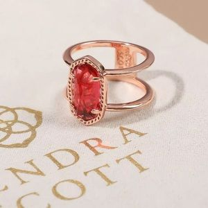 NWOT KENDRA SCOTT BERRY EYLSE RING IN ROSE GOLD